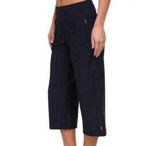 Lucy Black Capri Pants Sz Large
